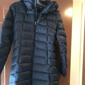 acf9ab3e1 Patagonia Downtown loft Parka- Navy blue down